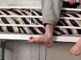 feet, males